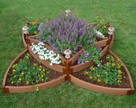 how do you build a raised garden bed hooks lattice