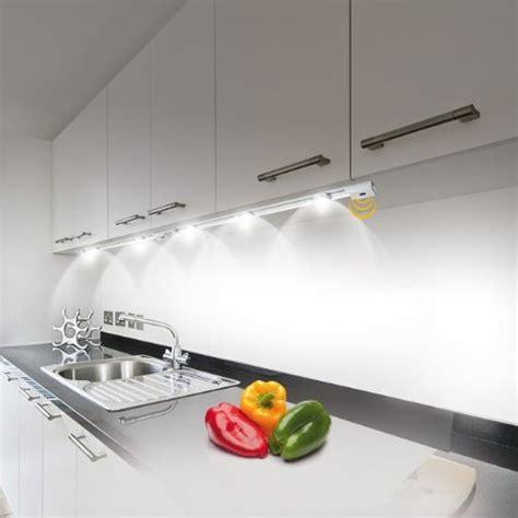 luminaire led pour cuisine luminaire cuisine dessus evier
