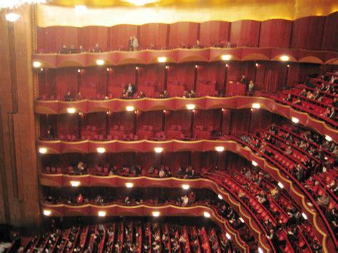Metropolitan Opera House (lincoln Center