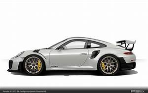 Chalk White Porsche 911 GT2 RS 9912 346 P9XX