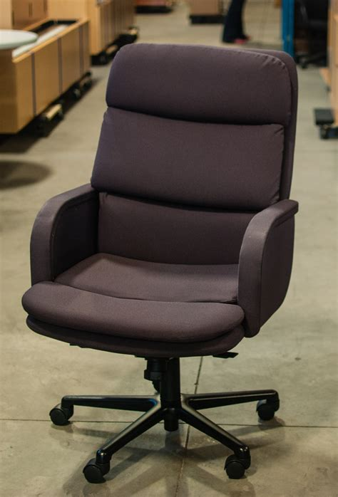 bay concepts conference chair 149 at quality used office