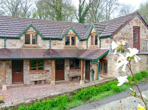 Single Storey Character Cottage In Newcastle