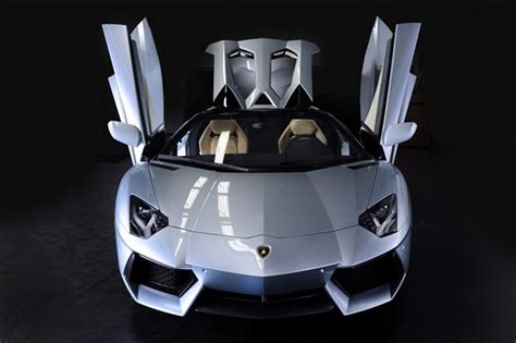 lamborghini aventador lp700 4 roadster price in india daily post lamborghini aventador lp700 4 model features specification and price in india