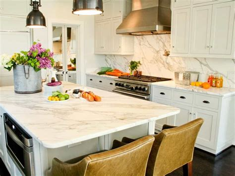 Kitchen Counters And Backsplash : White Kitchen With Marble Backsplash And Countertops