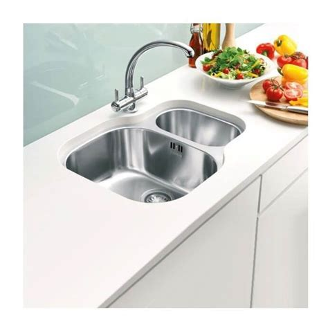 stainless steel kitchen sink undermount stainless steel kitchen sinks plumbworld 8264