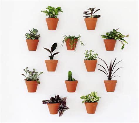 terracotta pots diy planter wall diyideacentercom