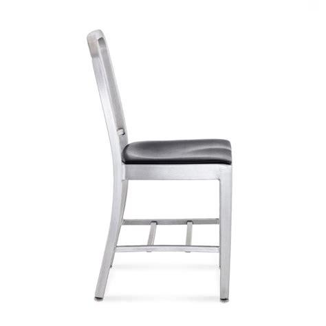 emeco navy chair seat pad navy chair 1006 par emeco en vente sedie design