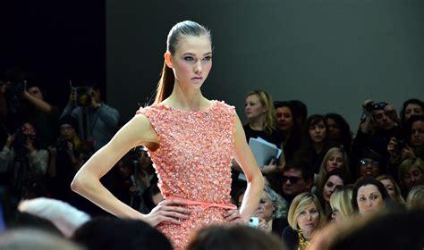 File Karlie Peach Paris Haute Couture Spring Summer