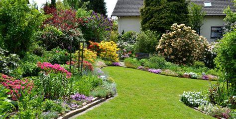 Gehölze Für Kleine Gärten by Worauf Es Wirklich Ankommt Kleine G 228 Rten Ganz Gro 223