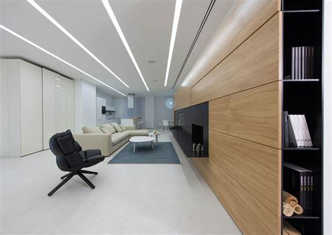 Open And Dynamic Interior In White By Ivan Yurima