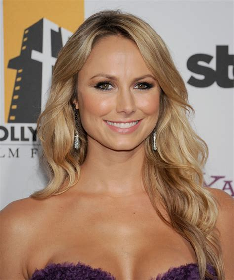Stacy Kiebler Long Wavy Casual Hairstyle with Side Swept