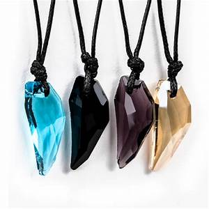 Crystal Stark Wolf Fang Tooth Pendant Necklace - KWNSHOP