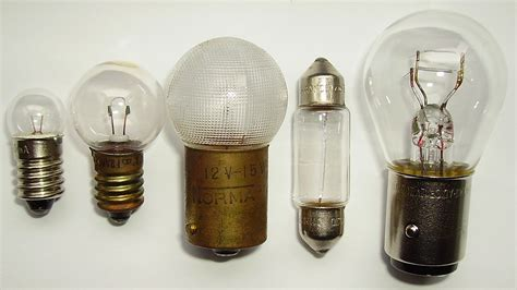 file low voltage light bulbs jpg wikimedia commons
