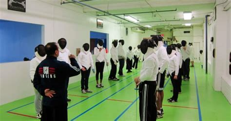 fencing  adult beginners fencing lessons  york