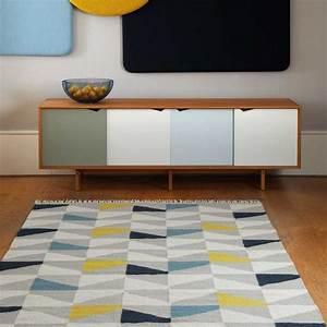 Tapis Jaune Et Bleu : grand tapis bleu simple finest tapis carreaux ciment bleu ~ Dailycaller-alerts.com Idées de Décoration