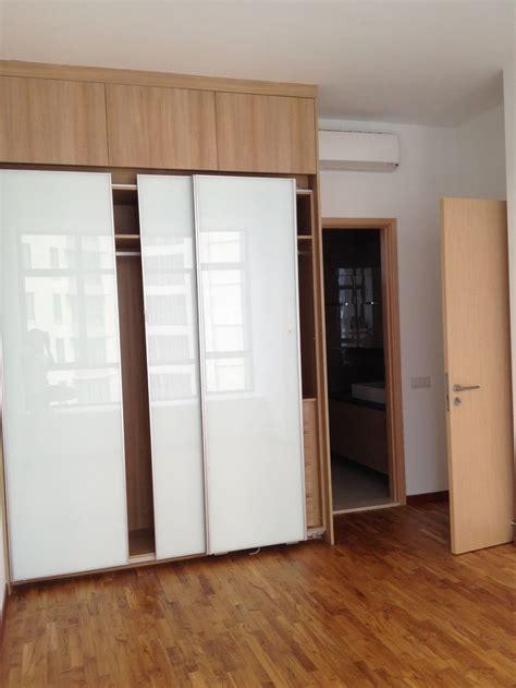 unpolished oak wood buil  wardrobe  small bedroom