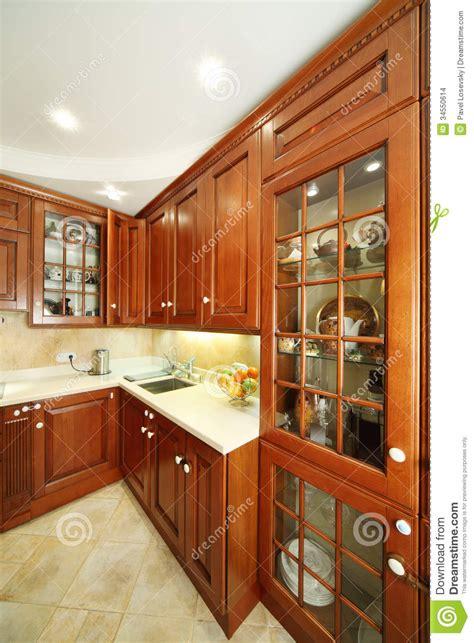des placards de cuisine placards de cuisine évier et partie supérieure du