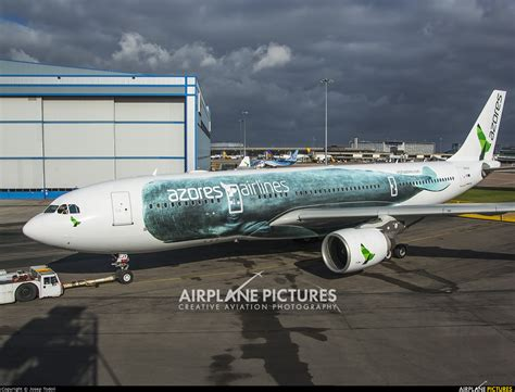 CS-TRY - Azores Airlines Airbus A330-200 at Manchester | Photo ID 626373 | Airplane-Pictures.net