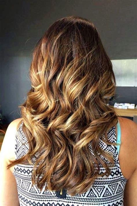tendenze capelli primavera estate  colore ecaille