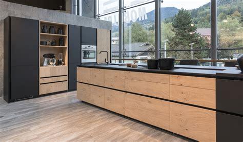 cuisine en bois quelles couleurs associer mobalpa