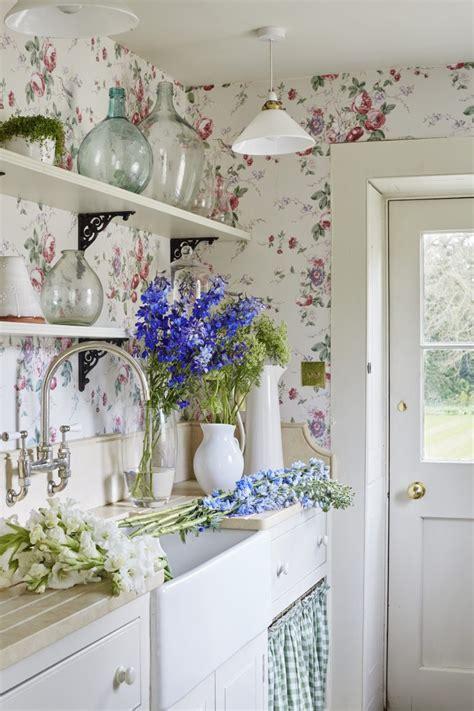 vintage home decor ideas  steal  grandmas house