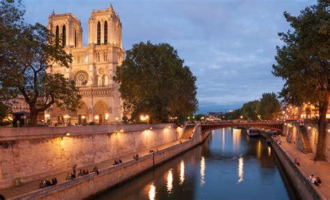 Discover the city of Paris  Paris the capital city of France