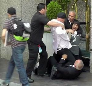 Body Guards Attack The Lead Singer For Red Hot Chili Peppers After Mistakenly Believing That He