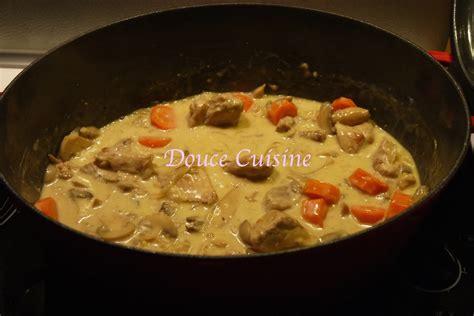 bouillon blanc en cuisine sauté de porc sauce vin blanc douce cuisine