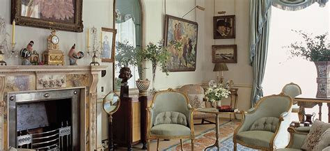 Designing Royalty Inside Set Designs Crown by Tour Clarence House A Royal Home In For 200 Years