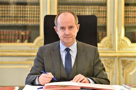 cabinet ministre de la justice justice portail biographie du garde des sceaux