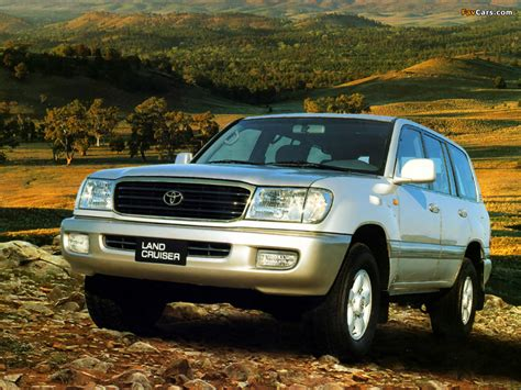 Pictures of Toyota Land Cruiser 100 VX (J100-101) 1998 ...
