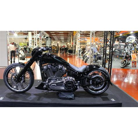 Harley Davidson Breakout Modification by Spoiler Softail Breakout 2018up