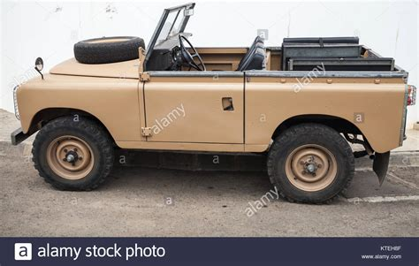 land rover series 3 off road land rover series iii stock photos land rover series iii