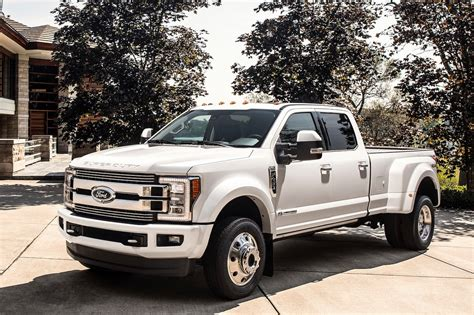 ford truck ford f series super duty trucks gain more luxurious