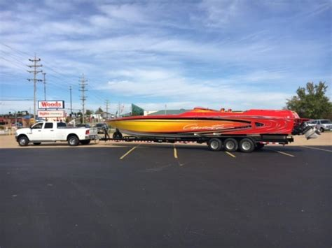 Cigarette Boat In Rough Water by 2005 Cigarette Rough Rider Powerboat For Sale In Kentucky