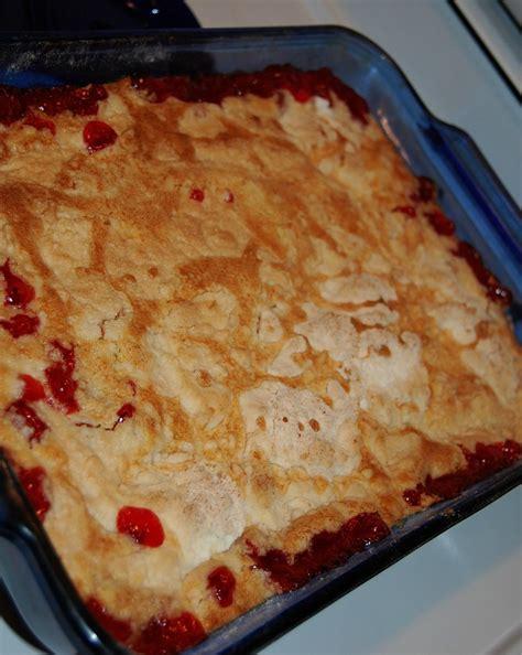 easy cherry cobbler  box cake mix recipe mom spark