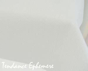 nappe jetable effet tissu nappe imitation tissu blanche rouleau 25m tendance