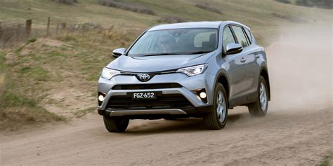 Toyota Rav4 2018 by 2018 Toyota Rav4 Pricing And Specs Photos