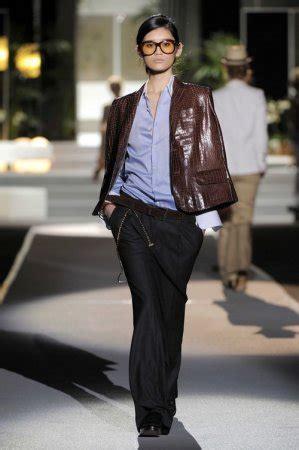 Guardaroba Abbigliamento Sito Ufficiale by Il Black And White Di Dsquared2 Moda 232 Donna