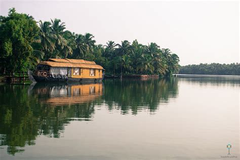 Kerala Boat House For Couples by Kerala Backwaters Top 6 Places To Enjoy A Blissful