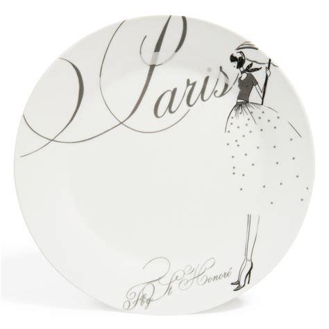 assiette plate en porcelaine blanche d 27 cm modeuse maisons du monde