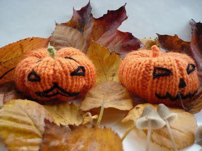 Mack and Mabel: Halloween Pumpkin Ornament (free) Knitting ...