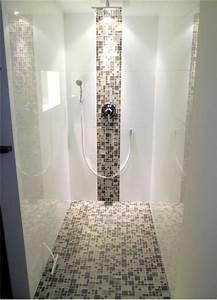 Mosaiksteine Auf Holz Kleben : die besten 25 begehbare dusche ideen auf pinterest badezimmer innenausstattung badezimmer ~ Markanthonyermac.com Haus und Dekorationen