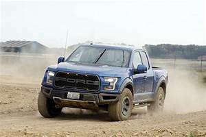 Ford 4x4 Prix : essai ford f 150 raptor le dinosaure venu d 39 am rique photo 1 l 39 argus ~ Medecine-chirurgie-esthetiques.com Avis de Voitures