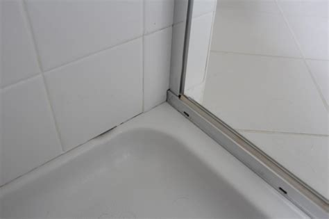 Remove Mildew From Caulk Around Tub by Our Home From Scratch