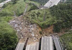 Taiwan earthquake hits after motorway landslide | Metro News