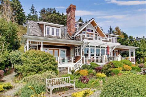 kitchen floor plans with island waterfront craftsman home in bainbridge island wa
