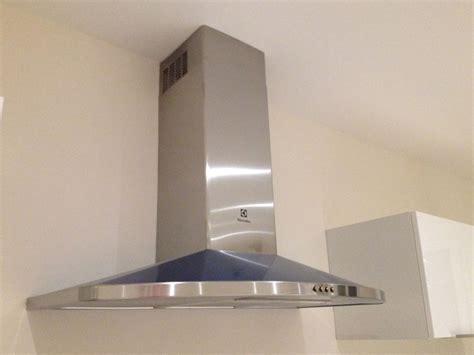 hotte de cuisine electrolux pose des meubles hauts de la cuisine ma maison phenix