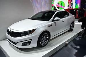 White new Kia Optima Hybrid 2014 - My Site