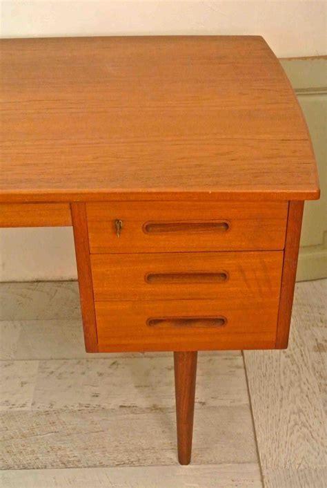 bureau scandinave vintage slavia vintage mobilier vintage bureau de style